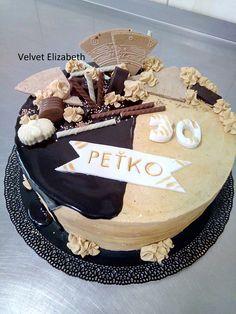 Petko dostal k svojim narodeninám perníkovú tortu plnenú gaštanovým a karamelovým krémom.....všetko najlepšie prajem....Petko got a gingerbread cake filled with chestnut and caramel cream to his birthday ..... all the best ...