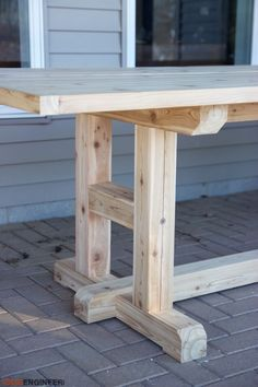 Build your own H-Leg Dining Table with these DIY Plans #WoodworkingProjectsWithPlans