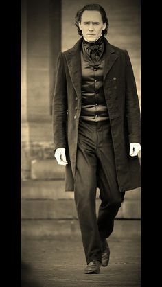 Sir Thomas Sharpe on the set of Crimson Peak