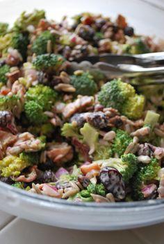 Broccoli Salad with Bacon and Dried Cranberries - Serves - 3 heads of bro. Broccoli Salad with Bacon and Dried Cranberries – Serves – 3 heads of brocoli small Broccoli Salad Bacon, Bacon Salad, Brocolli Salad, Broccoli Casserole, Avocado Salad, Healthy Eating, Clean Eating, Cranberry Recipes, Cranberry Salad