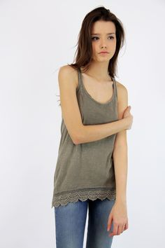 Top Encaje, Lace Top, Gray, System Action, shop online, lookbook, model, street Style, SS2015, PV2015, new collection, details, beautiful, clothes, ropa.