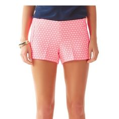 Lilly Pulitzer Liza Short 3inch In Hotty Pink Geo Jacquard. Brand new!  Bright, cute shorts! Lilly Pulitzer Shorts