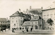 Bratislava, Dali, Old Town, Old Photos, Places To Visit, Louvre, Street View, Scene, Mansions