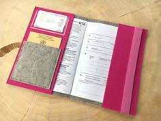 U-Hefthüllen - Ü-Heft Hülle aus Wollfilz - ein Designerstück von Chiquita-Jo bei DaWanda