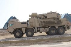 Pantsir_S1_man_air_defense_missile_system_UAE_United_Arab_Emirates_army_004.JPG