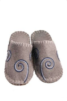 T07 Spring Water Felt Slippers, Improve Blood Circulation, Spring Water, Spotlights, Traditional Design, Hand Stitching, Barefoot, Baby Shoes, Wool