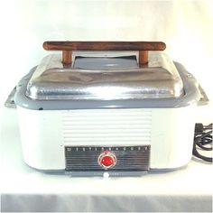 1950s Westinghouse Roaster Oven With Rack   $119