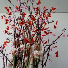 There is nothing wrong with beautiful artificial material. Nice in combination with real branches