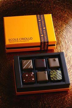 Creative Chocolate Packaging Design – Design is art Luxury Chocolate, Chocolate Brands, Chocolate Sweets, Chocolate Gifts, Chocolate Lovers, Chocolate Designs, Chocolate Box Packaging, Brownie Packaging, Cake Packaging