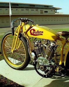 Cyclone Board Track Racer.