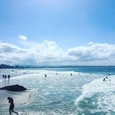 Bought a (bargain second-hand) surfboard in #Coolangatta and attempted #SnapperRocks - got shown up massively by 5yr olds... Let's hope I improve quick!! #exploringthegoldcoast by crookywooky