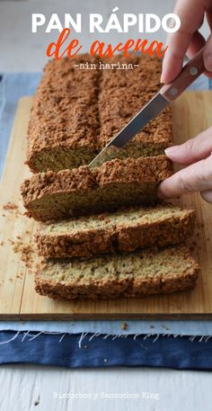 Pan casero de avena sin harina de trigo ni levadura, muy fácil de preparar, no requiere amasado. Receta paso a paso y para imprimir #singluten #glutenfree #pancasero