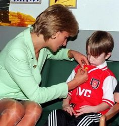 February 14, 1997: Diana, Princess of Wales visiting Great Ormond Street Hospital.