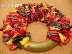 how to make a balloon wreath... other crafts too!