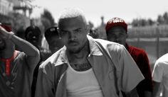 Video: Chris Brown feat. Aaliyah - Don't Think They Know    http://www.emonden.co/videoclip-chris-brown-feat-aaliyah-dont-think-they-know