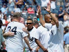 Joe Torre waving to the crowd, Yankee Stadium, August 13, 2016