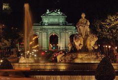 MADRID.   Fuente de Cibeles y Puerta de Alcalá