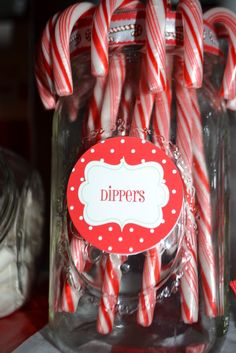 Christmas candy cane dippers #christmas #candycanes