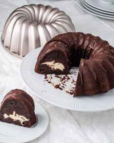 Cookie Cake Pie, Cake Cookies, Baking Recipes, Cake Recipes, No Bake Cake, Just Desserts, Sweet Recipes, Sweet Tooth, Bakery