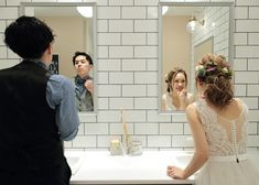 指示書作成のヒマがない方必見!【結婚式当日のウェディングフォト】絶対に撮って貰いたいショット一覧 Wedding Photo Images, Wedding Pics, Dream Wedding, Wedding Dresses, Christian Wedding Dress, Santorini Wedding, Pre Wedding Photoshoot, Wedding Portraits, Wedding Hairstyles