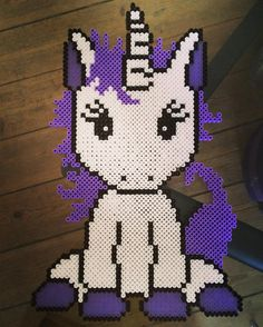 Unicorn hama beads by krea_mor_sophia - Pattern: https://de.pinterest.com/pin/374291419013031059/