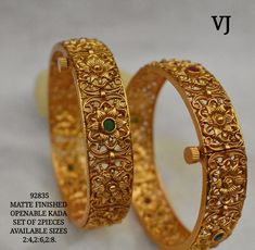 Gold Bangles Design, Gold Earrings Designs, Gold Jewellery Design, Ruby Bangles, Bridal Bangles, Indian Gold Bangles, Silver Bracelets, Bangle Bracelets, Gold Temple Jewellery