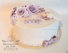 Gratulerer til baby Luna og familie ❣️🌙 . Fondant, Birthday Cake, Cupcakes, Oslo, Norway, Desserts, Baby, Instagram, Food