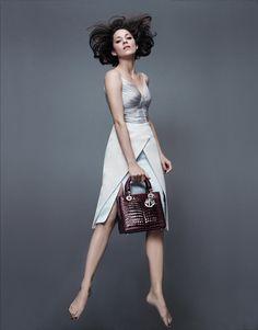 Марион Котийяр в рекламе Lady Dior
