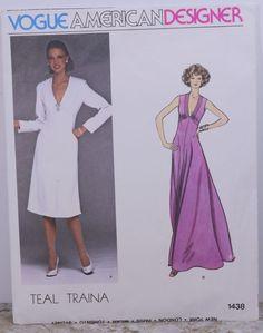 Vintage Vogue American Designer Teal Traina Size 12 #1438 1970's