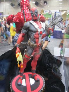 Deadpool by Sideshow Collectibles - 2012 SDCC #marvel #deadpool #sideshowcollectibles #sdcc
