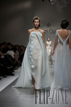 Georges Chakra Spring-summer 2012 - Couture - http://www.flip-zone.net/fashion/couture-1/fashion-houses/georges-chakra
