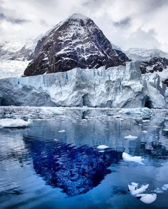 Antarctica is definitely top of my #bucketlist for places I would love to visit in the future. I need to get saving first though!