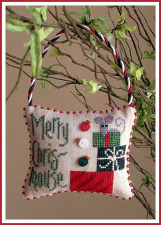 Merry Chris~mouse cross stitch ornament Beautifully finished!