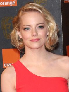 Emma best hair moments: old Hollywood curls
