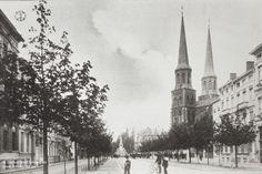 De Charlottalei richting Loosplaats met rechts de Sint-Jozefkerk centraal het standbeeld van burgemeester J. F. Loos.ca 1908