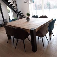 Square Dining Room Table, Square Tables, Dining Table Chairs, Dining Room Design, Wood Table, Diner Table, Open Plan Kitchen Living Room, Farmhouse Furniture, Modern Table