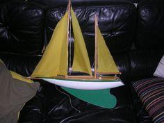 voilier vintage , canot de bassin grand modele
