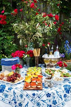 The 'Aperitivo Party' Is the New Dinner Party (and Here's How to Host One)  #purewow #home #italy #entertaining #food #cocktailparty #gardens #apertivoparty #apertivo #dinnerparty #hosting #entertaining #cocktails