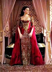 Every Kösem Sultan Outfit: Renaissance Dresses, Medieval Dress, Beautiful Costumes, Beautiful Gowns, Kosem Sultan, Fantasy Gowns, Long Sleeve Evening Dresses, Royal Dresses, Turkish Fashion