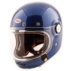 Blue Motorcycle Helmets, Motorcycle Gloves, Casque Bell, Motos Retro, Bell Helmet, Helmet Accessories, Open Face Helmets, Helmet Design, Riding Gear
