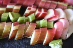 Rabarberkage med kokos - den bedste opskrift | nogetiovnen.dk Tuna, Watermelon, Fruit, Atlantic Bluefin Tuna
