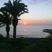 Conoce y disfruta Tenerife personalizando su excursión.Recorre la isla de Tenerife en una excursión personalizada y diseñada por ti, interactiva y emocionante, a través de nuestras excursiones podrás conocer los paisajes mas hermosos de la isla. El sol, el viento y la adrenalina se conjugan para imprimir un recuerdo imborrable de tu estancia en Tenerife.En Echeyde Tours nos adaptamos a las exigencias del cliente, ofreciéndole lo que quiere y personalizando al máximo cada excursión