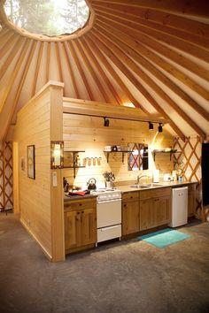 Best Yurt Home Design Inspirations - Dlingoo Yurt Living, Tiny House Living, Yurt Interior, Interior Colors, Building A Yurt, Küchen Design, House Design, Yurt Home, Silo House