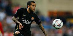 Transfer Haberleri Barcelona, İtalya Serie A ekiplerinden Inter, Barcelona savunmacısı Dani Alves ve Martin Montoya'yı gözüne kestirdi.