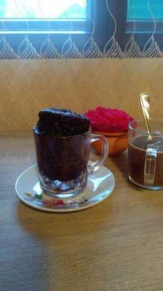 Brioșică în cană Chocolate Fondue, Muffin, Pudding, Cupcakes, Desserts, Recipes, Food, Tailgate Desserts, Cupcake Cakes