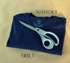 WobiSobi: Braided Back Tee #4: DIY Diy Shirts No Sew, Tie Dye Shirts, T Shirt Diy, Cut Up Shirts, Old Shirts, Hot Topic Clothes, Diy Clothes, Clothes Refashion, Braided T Shirts