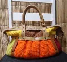 Peça exclusiva SóCrochê. © Todos os direitos reservados. Link do produto: http://www.elo7.com.br/bolsa-de-croche-luisa/dp/29991C