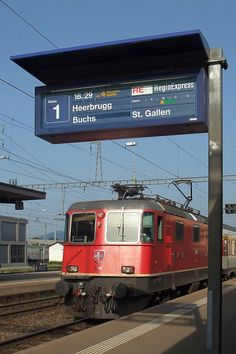SBB Station St. Margrethen by Kecko, via Flickr Workshop Shed, Swiss Switzerland, Rail Transport, Swiss Railways, S Bahn, Electric Train, Speed Training, Rolling Stock, Electric Locomotive