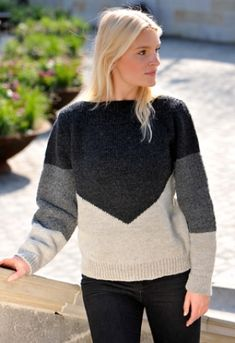 a knit and crochet community Knitting Patterns Free, Baby Knitting, Free Pattern, Warm Outfits, Crochet Yarn, Diy Clothes, Knitwear, Sweaters For Women, Ravelry
