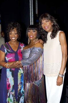 Soul Singers, Female Singers, Music Icon, Soul Music, Nate King Cole, Black Celebrities, Celebs, Natalie Cole, Gladys Knight